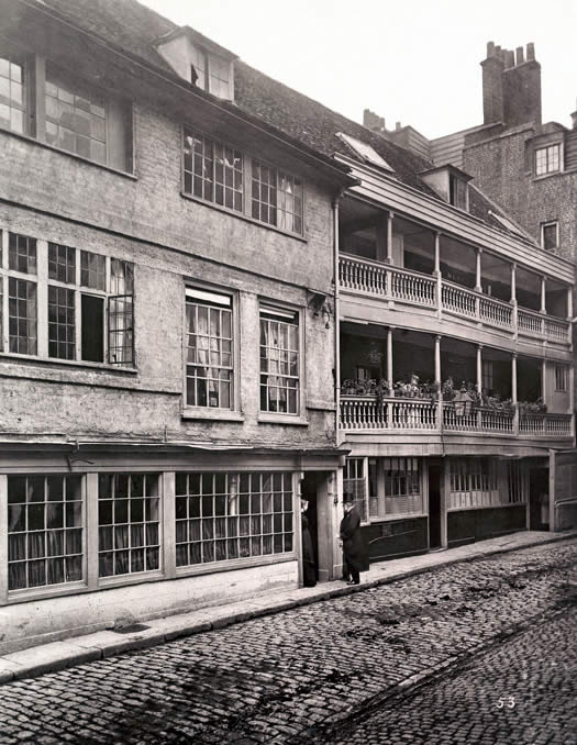 George Inn Yard 1880