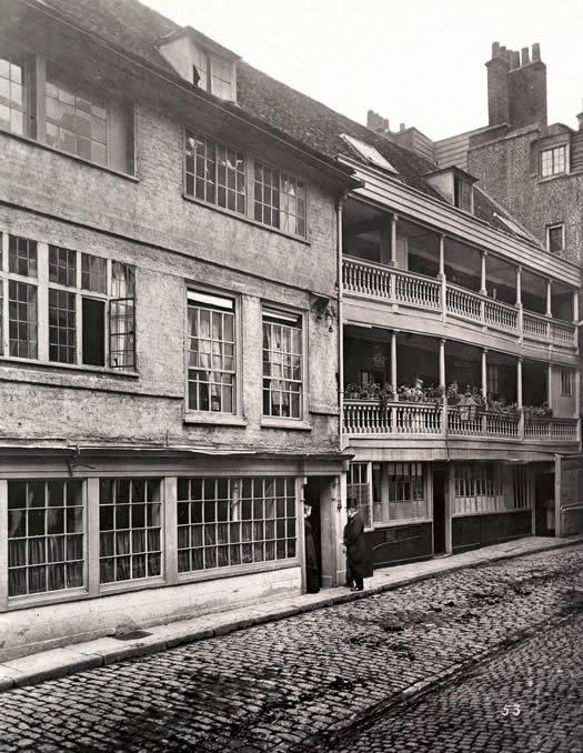 George Inn Yard 1880