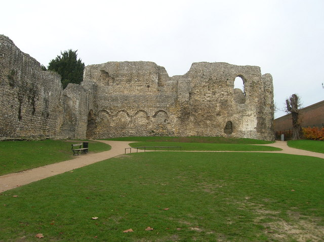 The_Chapter_House,_Reading_Abbey_-_geograph.org.uk_-_397668[1]