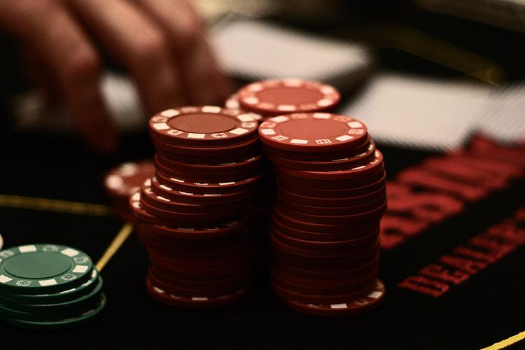 Gambling_chips