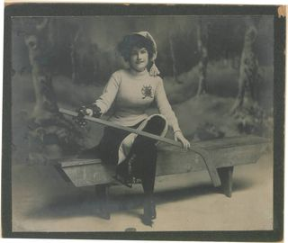 Canadian Hockey Girl, Benched (HS8510 15498)