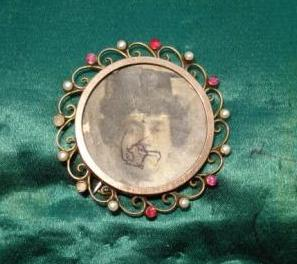EWD brooch front for blog