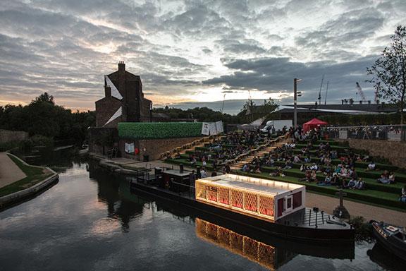 Floating-Cinema