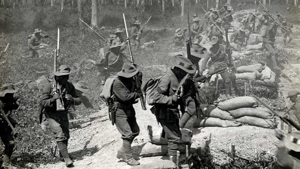 WWI series-1stgurkha-attack1
