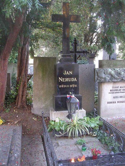 Jan_Neruda_grave_Vysehrad_Cemetery_Prague_CZ_807