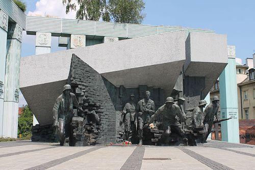 Warsaw uprising monument 2