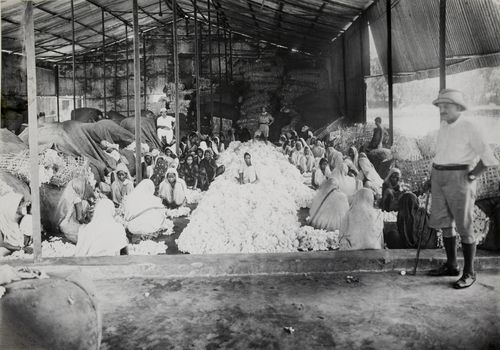 Ginning Factory-India-1926