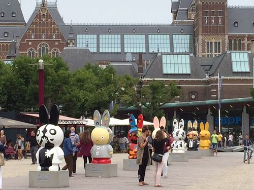 Miffy60parade